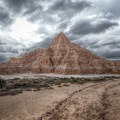Fascinating formations along the Juniper Draw Loop.- Adventure Outside of Your State