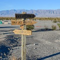 Stovepipe Wells Campground.- Camping in Death Valley National Park