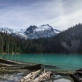 Middle Joffre Lake.- High Altitude Hikes to Rise Above the Heat