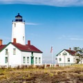 Dungeness Spit: The New Dungeness Lighthouse.- 16 Best Hikes on the Washington Coast