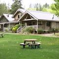 Patterson Lake Cabins.- Glamping
