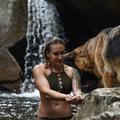 Photo by Adam Doering (@adam.doering).- Woman In The Wild: Nicole Handel