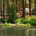 Camping along the Metolius River.- Camping on the Metolius River