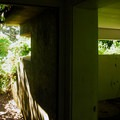 Fort Canby: Three-tiered bunker at Bell's View.- Columbia River Harbor Defense System