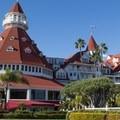 - Hotel del Coronado