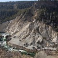 - Yellowstone River Picnic Trail
