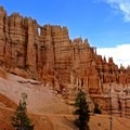 Windows in Bryce Canyon National Park.- Ecotherapy: Exploring People's Connections with Nature