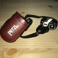 The settings are easily visible on the face of the e+LITE, as is it's little flexi stem and the pill box it comes in. - Gear Review: Petzle+LITE