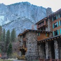 The Ahwahnee Hotel in Yosemite National Park.- Great Lodges of the West