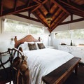 Romantic Rustic Treehouse. Photo by Natasha Sadikin.- 8 Romantic Treehouses to Stay in this Valentine's Day