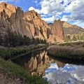 With views like these, it's hard to leave! Smith Rock showing off with some impressive reflection game.- Woman In The Wild: Tara Sou