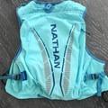 Main storage of the Nathan VaporHowe.- Gear review: Nathan VaporHowe 12L Race Vest